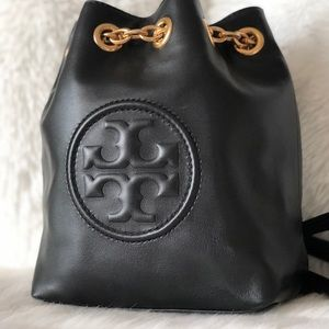 ✨Tory Burch Black Leather Backpack